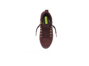 fh16_qs_chuckii_cutetoboot_burgundy_top-down-single_155317c