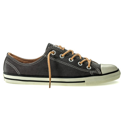 Chuck Taylor All Star Dainty Peached Canvas