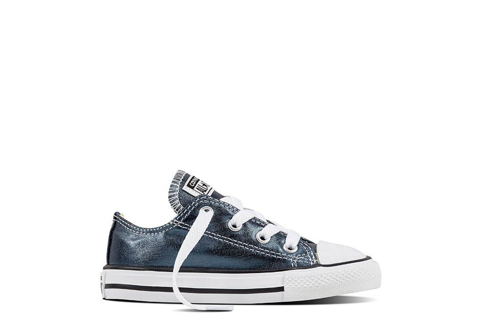 Infant Chuck Taylor All Star Seasonal Metallic Blue